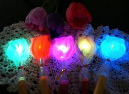 【 手工糖果 】 喜糖 派對 尾牙 春節 新年 萬聖 聖誕 耶誕節 開學 迎新 畢業 新款LED彩虹閃亮棒棒糖