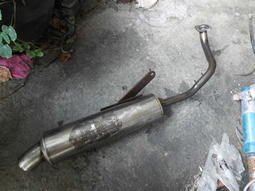 迪爵 改裝 排氣管 #排X 不噴黑漆欺瞞鏽蝕全先上機油保存防再鏽 廉售先問-得標1螺絲