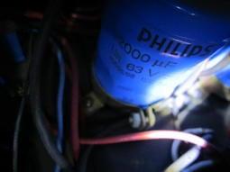 飛利浦154系列22000UF/63V電容