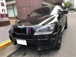 BMW 寶馬 X6 M  4.4L 前後配21吋圈胎 黑色 紅內裝 只跑8萬 AAA認證車況