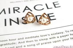 現貨耳環 小麻糬精緻平價飾品鋪-幾何三角元素珍珠耳飾