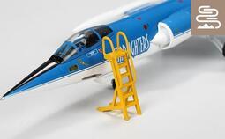 """""""現貨"""" 1/72 可用於F-104 及 IDF 的登機梯 (完成品)"""