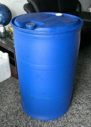 乾旱不雨 水庫見底《末日求生庇護所 避難所儲水必備》日製50加侖(200公升)塑膠桶 限水 停水好用